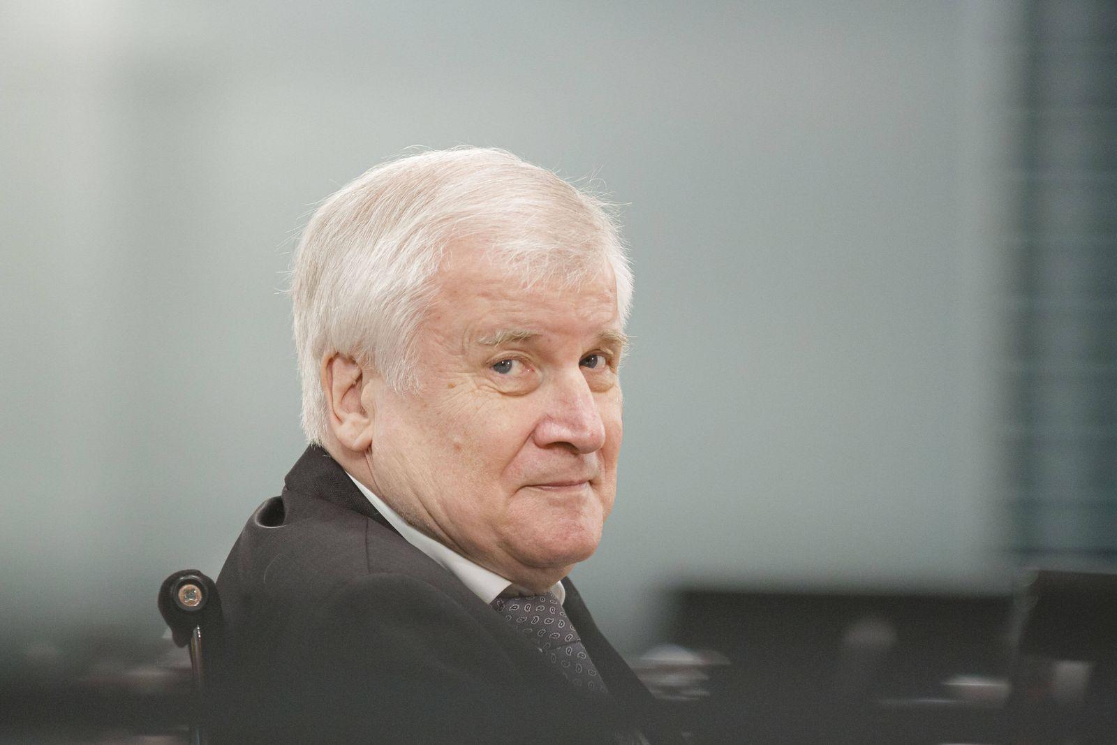 Bundesinnenminister Horst Seehofer, CSU, aufgenommen zu Beginn einer Kabinettsitzung. Berlin, 15.07.2020 Berlin Deutschl