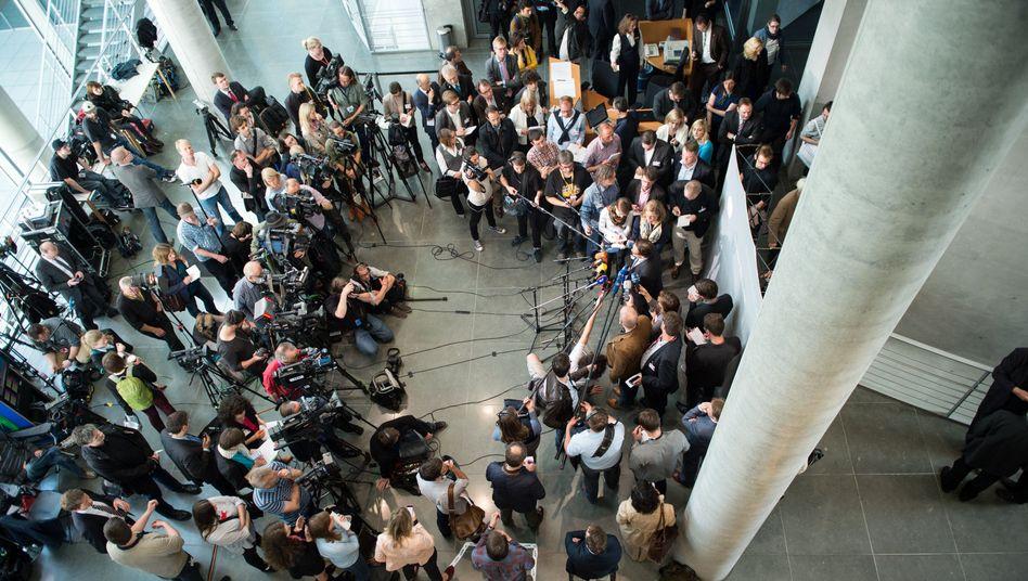 Presseauflauf beim NSA-Ausschuss: Viele offene Fragen