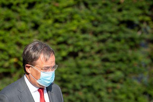 """Ministerpräsident Laschet: Suche nach dem """"Weg der Mitte"""" in der Corona-Pandemie"""