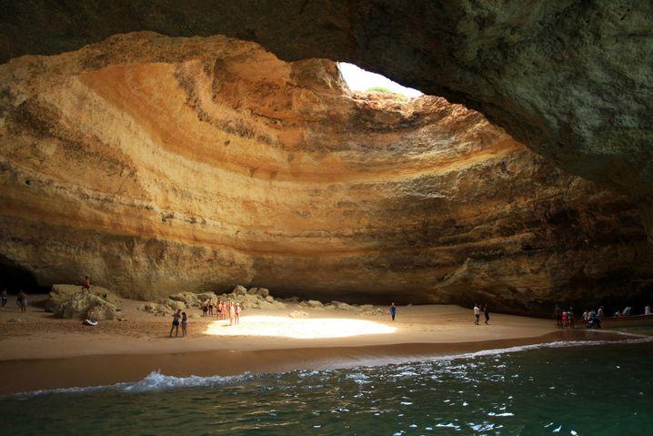 Praia de Benagil: Höhle für Schwimmer