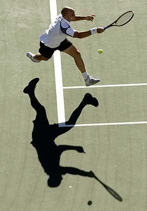Schlägt zuweilen schneller als sein Schatten: Andre Agassi verlor trotzdem