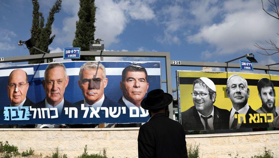 Wahlplakate in Jerusalem