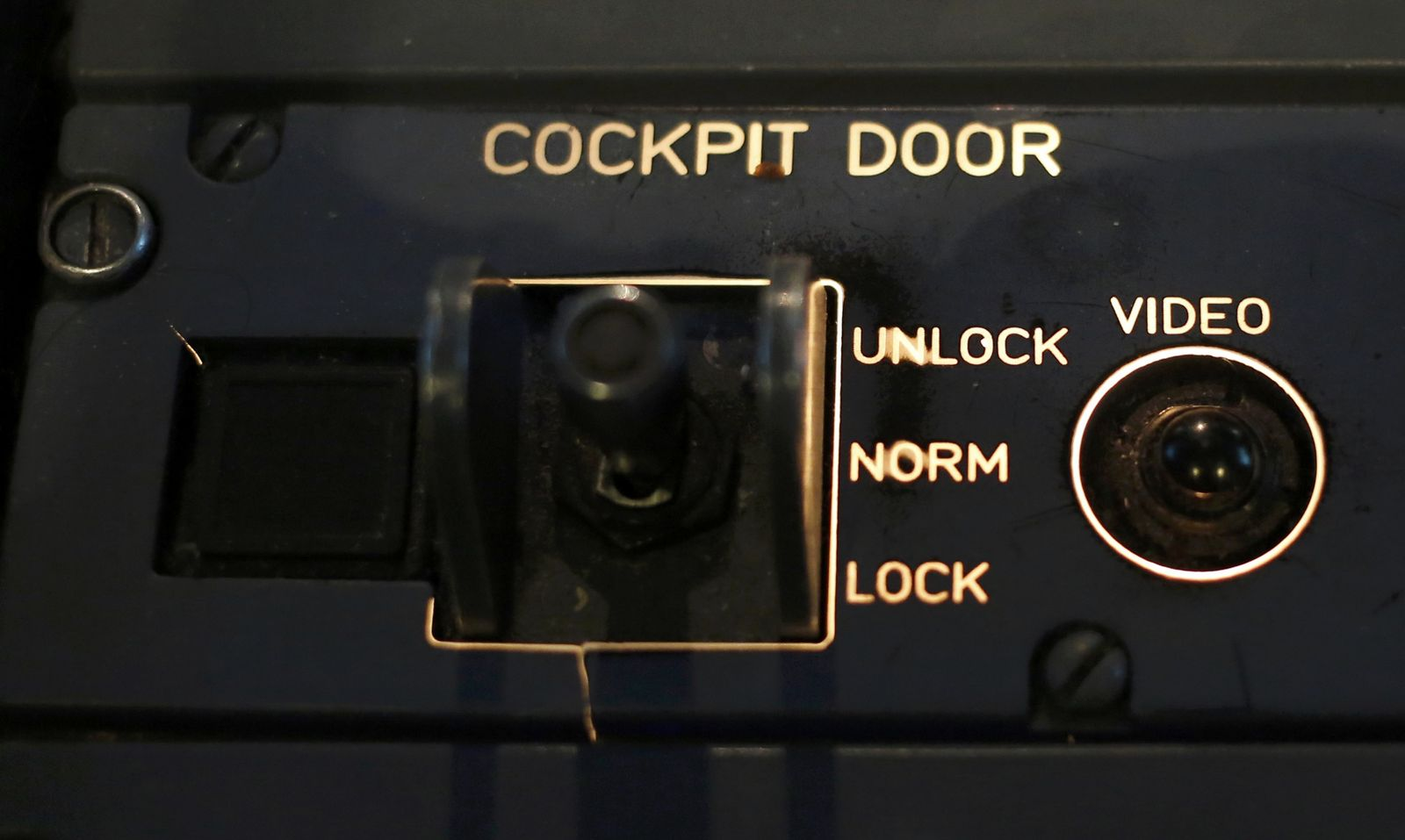 Germanwings / door locking system