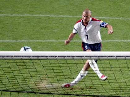 Beckham verschießt Elfmeter (EM 2004): Das kann doch kein Zufall sein