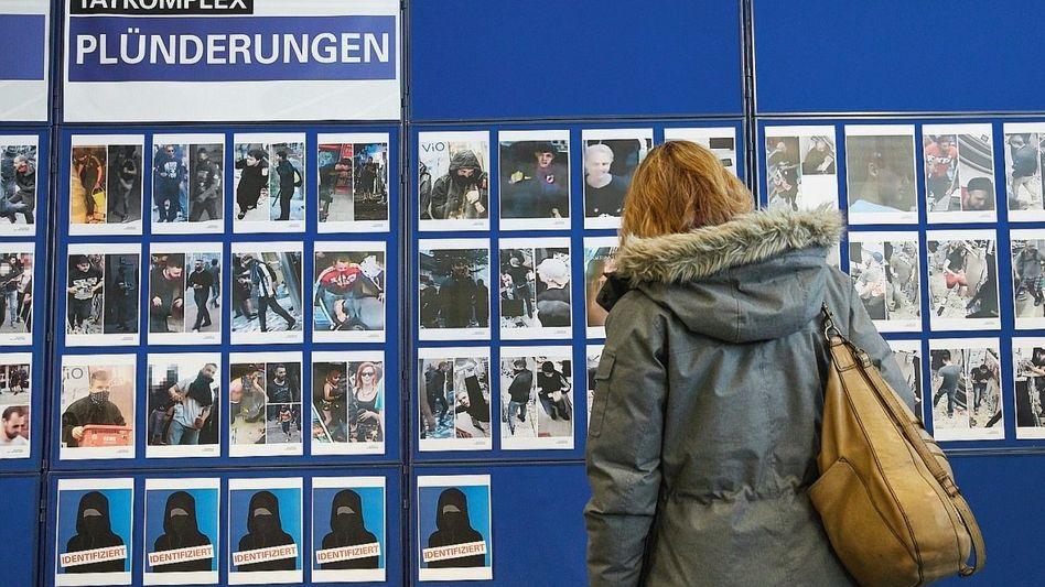 Galerie von G-20-Fahndungsfotos bei der Polizei: »Stigmatisierende Wirkung«
