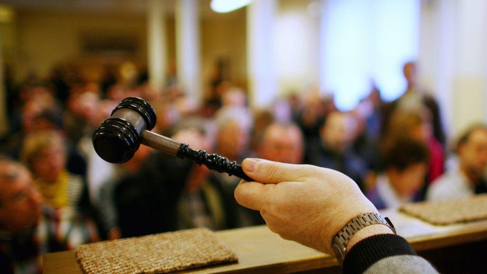 Geldquelle Auktion: Wer viel handelt, kann als Profi-Händler abgemahnt werden