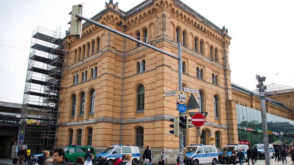 Wache der Bundespolizei in Hannover: Beamter unter Verdacht