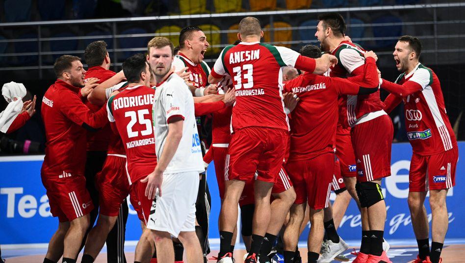 Vier Sekunden vor Schluss fiel die Entscheidung: Ungarn tanzt, Deutschland verliert
