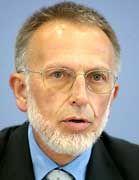 """Bundeswahlleiter Hahlen: """"perverse und hochkriminelle Art"""""""