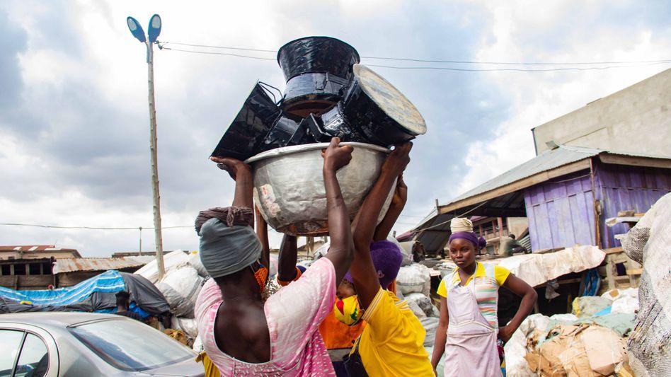 Kleinöfenprojekt von Aldi Süd in Ghana