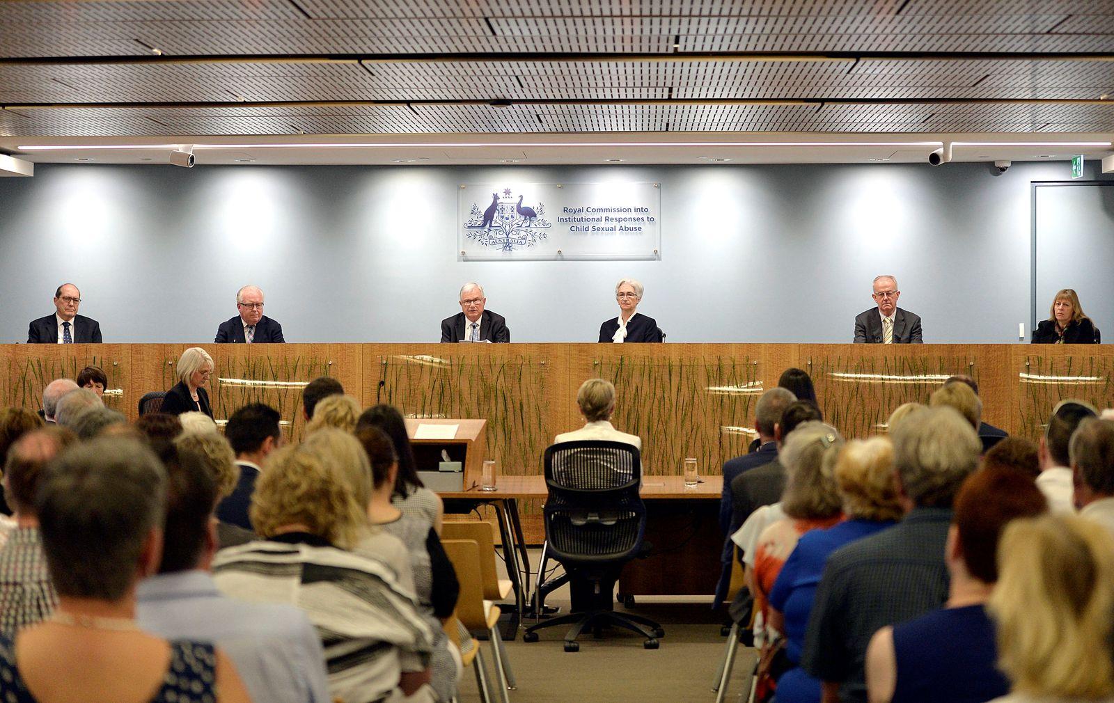 EINMALIGE VERWENDUNG AUSTRALIA-ABUSE/