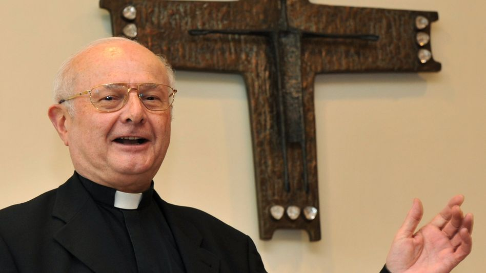 """Erzbischof Robert Zollitsch: """"Schwerwiegende Attacke auf die katholische Kirche"""""""