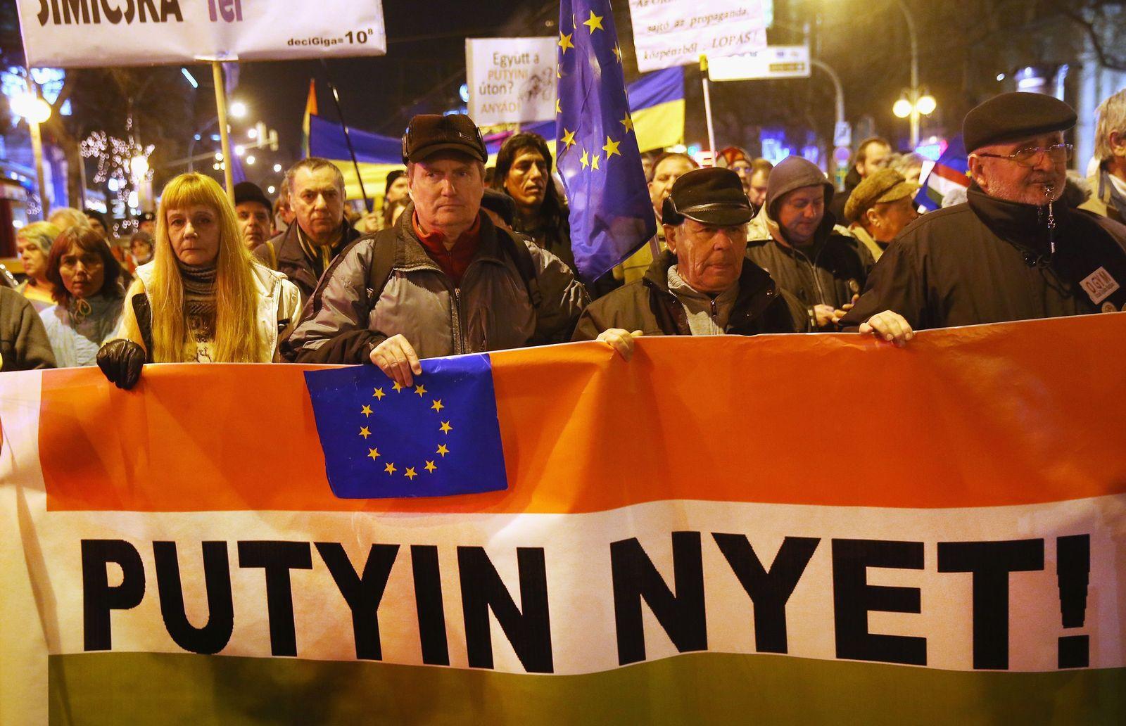 Ungarn/ Anti-Putin-Demo