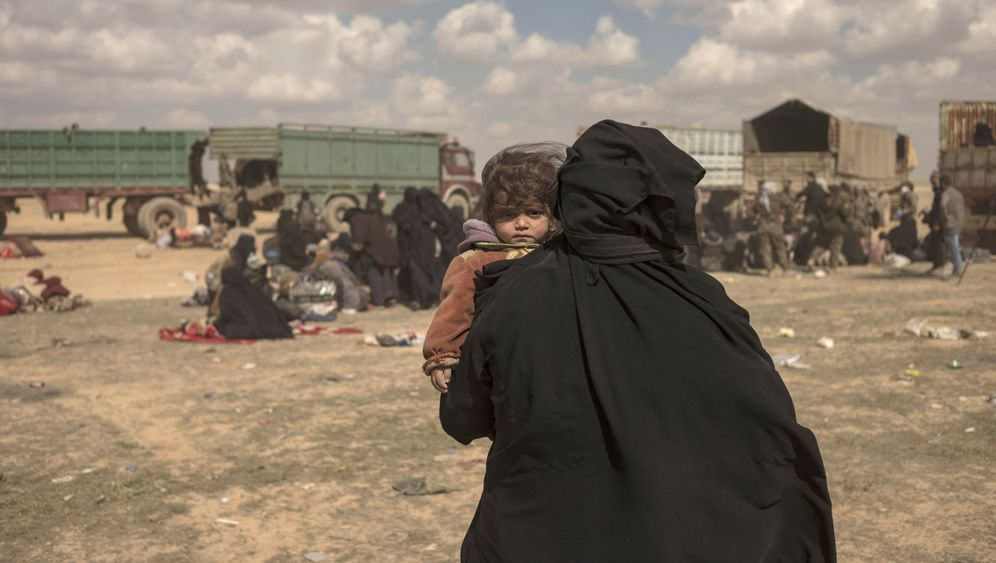 Photo Gallery: Children of the Caliphate