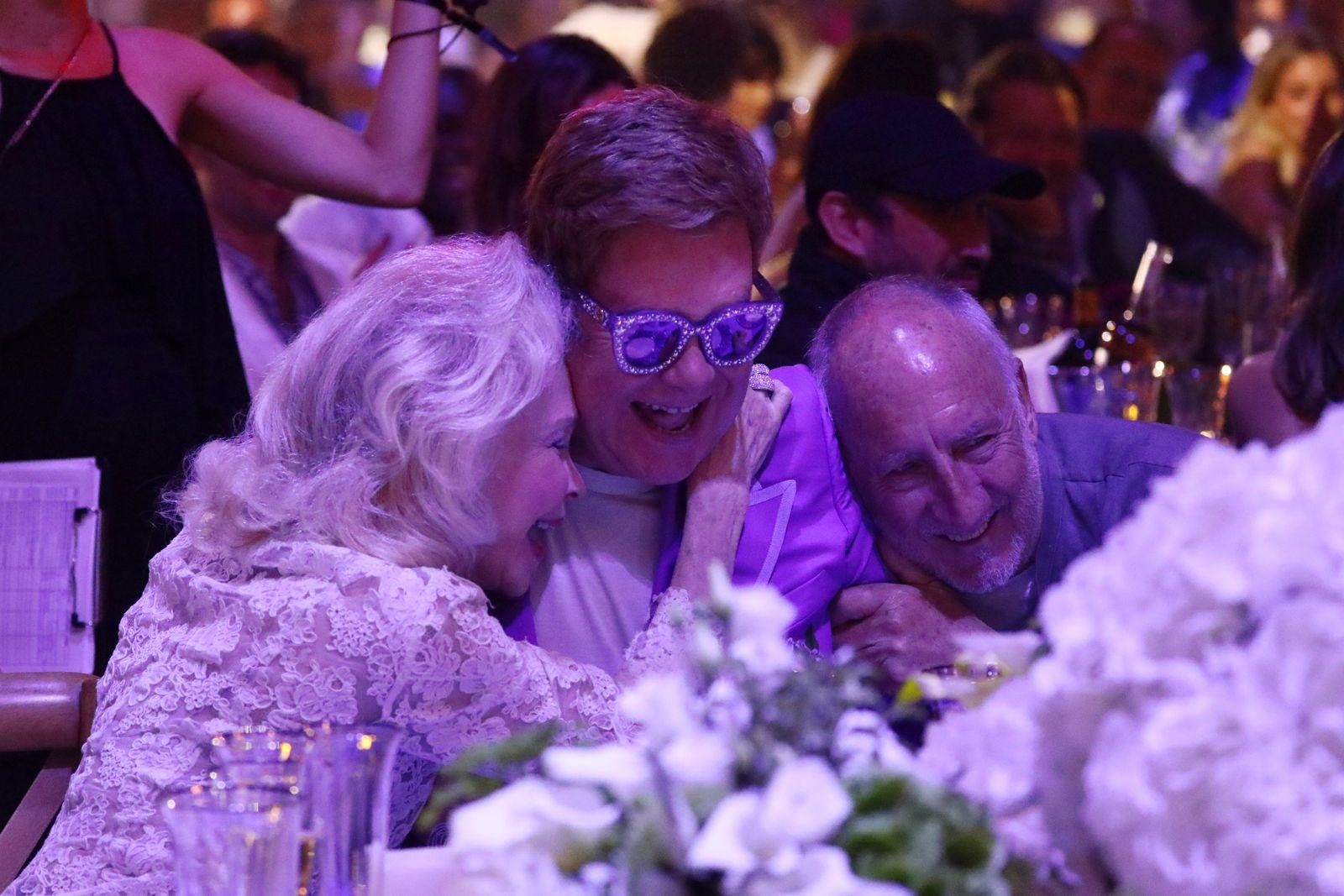 Pete Townshend - Elton John Aids Foundation ?Midsummer Party? ? Party