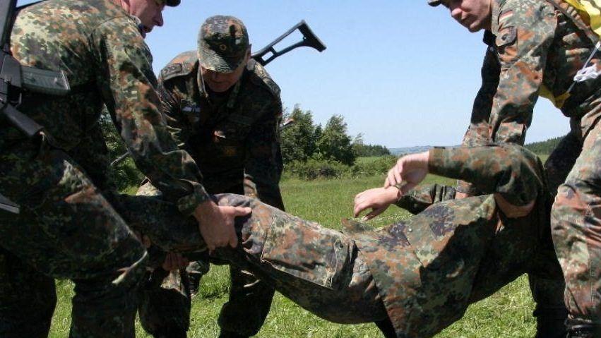 Reservisten bei Übung