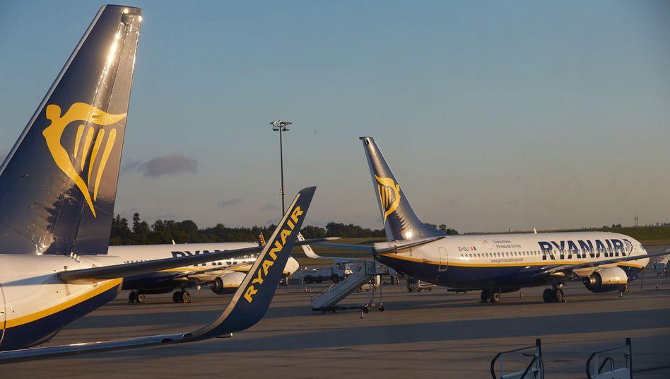 Ryanair-Maschinen am Flughafen Hahn