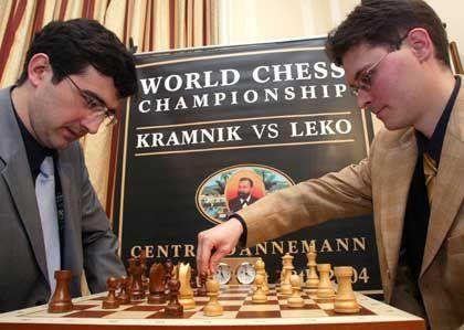Die Kontrahenten: Kramnik (li.) und Leko