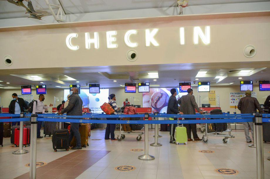Flughafen in Kenias Hauptstadt Nairobi Ende Juli 2020: »Von der Regierung fühlen wir uns im Stich gelassen«