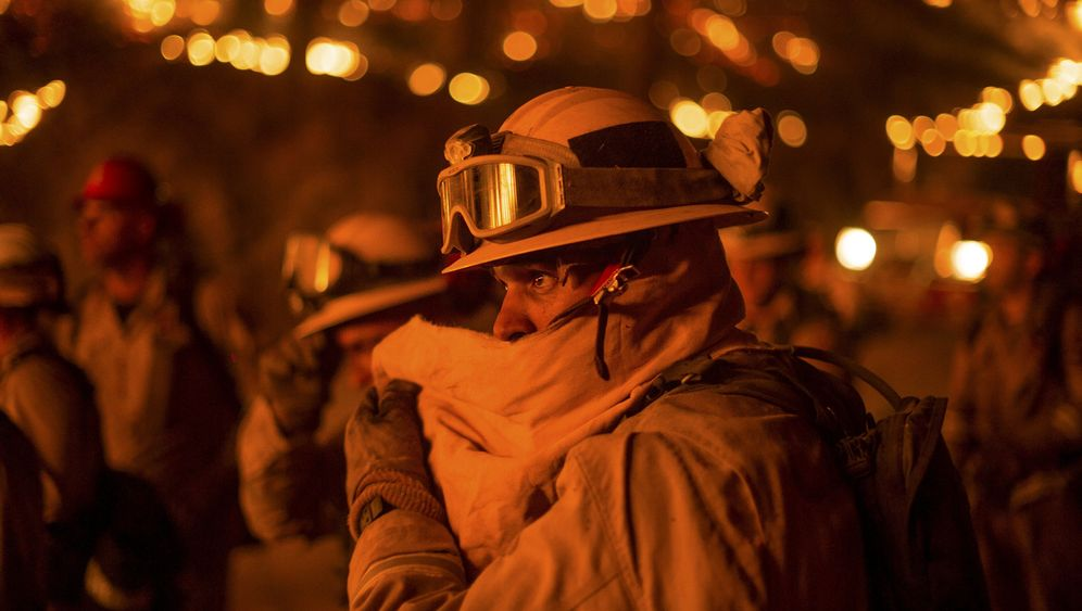 Waldbrände in Kalifornien: Zurück bleibt Asche