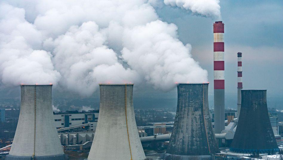 Kohlekraftwerk Laziska bei Kattowitz: Beim Klimaschutz hinkt Polen hinterher