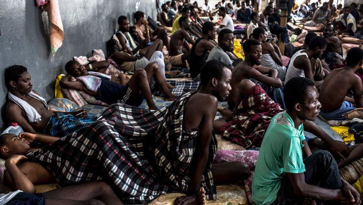 Flüchtlingselend in Libyen: Geschlagen, vergewaltigt, ausgebeutet