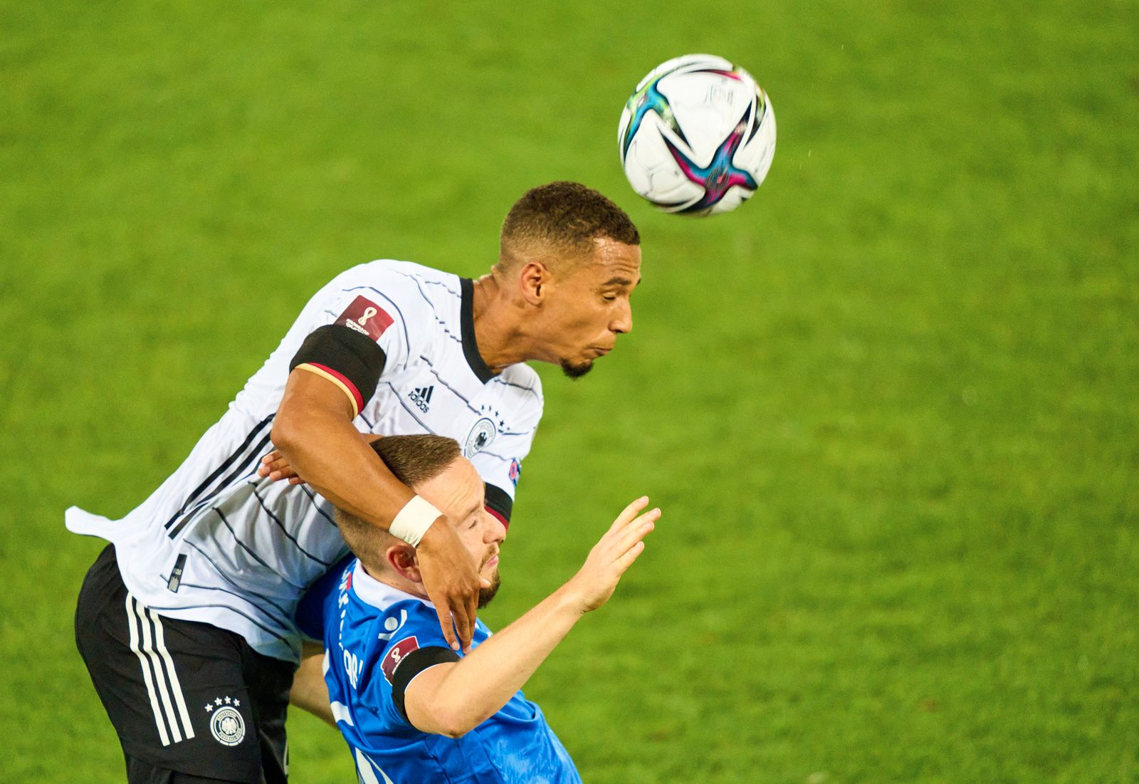 Thilo Kehrer, DFB 4 compete for the ball, tackling, duel, header, zweikampf, action, fight against Fabio Wolfinger, Lie