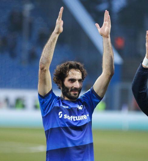 Hamit Altıntop, hier im Jahr 2017 als Spieler in Darmstadt, ist der neue starke Mann im türkischen Verband