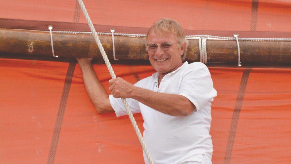 Christoph Swoboda hat mit einer malaiischen Dschunke die Welt umsegelt. Für sein zweites Schiff sucht er nun einen Käufer.