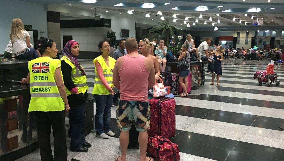 Flughafen Scharm al-Scheich: Tausende Briten wollen nach Hause