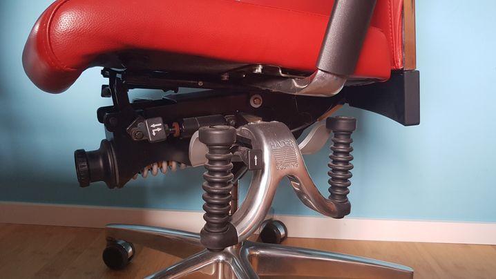 Blick unter die Motorhaube: Das Sitzwerk des Bioswing sieht technisch imposant aus