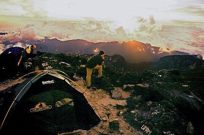 Sonnenuntergang auf dem Pico da Neblina: Nur circa 150 Personen waren jemals hier oben
