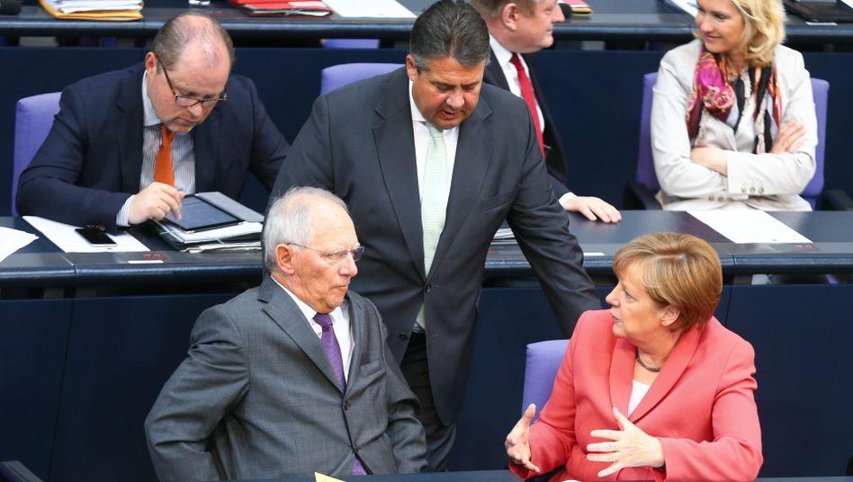 """Merkel, Gabriel, Schäuble: Ringen um die """"abgestimmte"""" Haltung"""