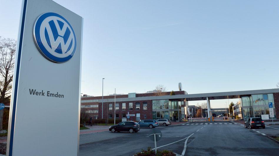 Volkswagen-Logo in Emden