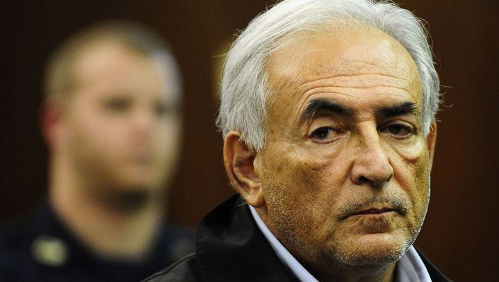 IWF-Chef Strauss-Kahn: Ein Boss in Handschellen