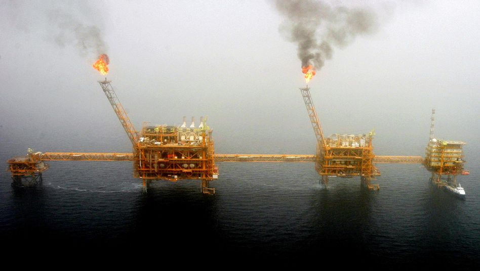 Ölbohrinseln südlich von Teheran