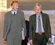 Am längeren Hebel: Wirtschaftsminister Müller (r.) neben seinem Kontrahenten Trittin