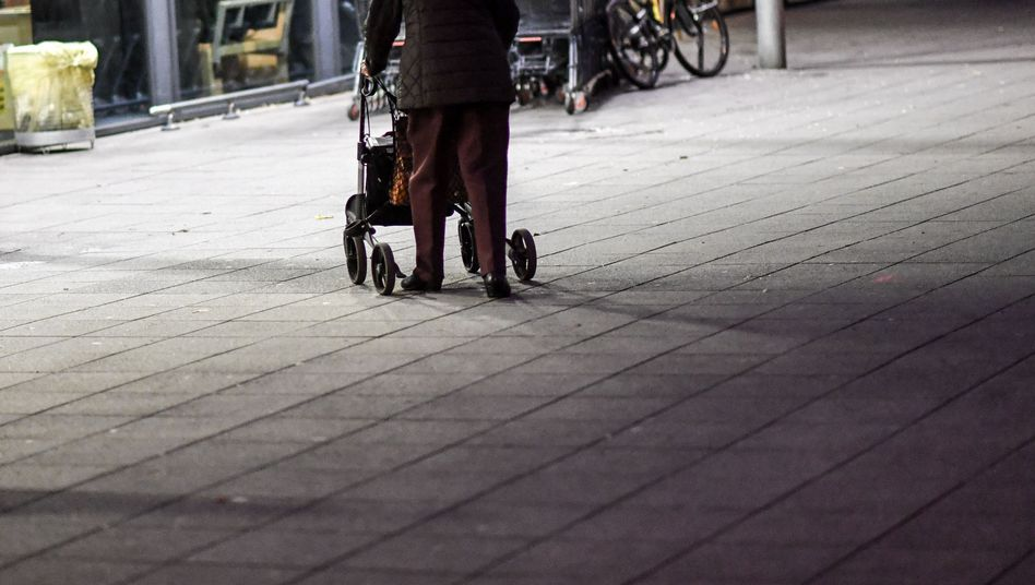 Altersarmut: Woher weiß man, wie viele Senioren tatsächlich bedürftig sind?