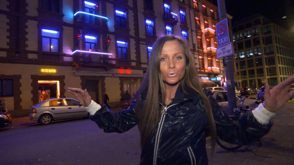Seelenstriptease: Die Musikkarriere einer Ex-Prostituierten