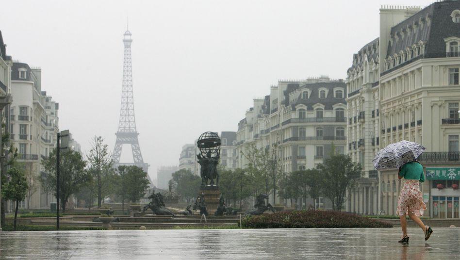 Paris: Schauer aus dem All