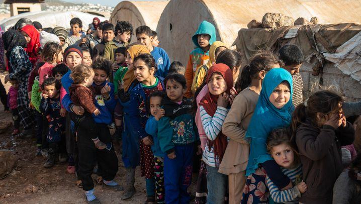 Flucht aus Idlib in Bildern: Wie Hunderttausende Syrer ums Überleben kämpfen