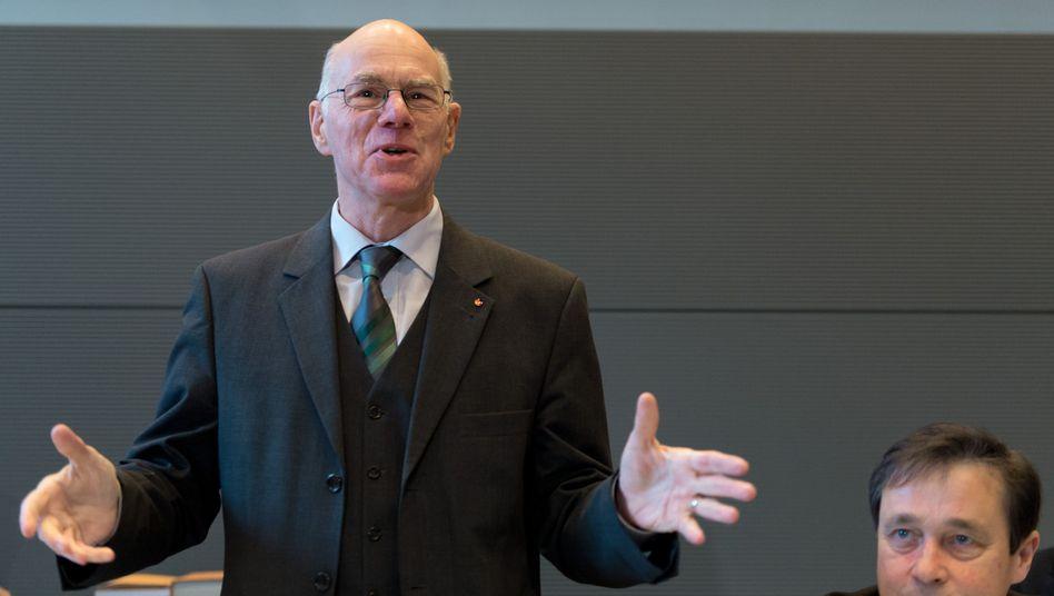 """Parlamentspräsident Lammert: """"Das trage ich mit Fassung"""""""