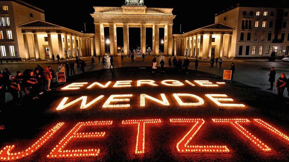 Beleuchtetes Brandenburger Tor am 26. März
