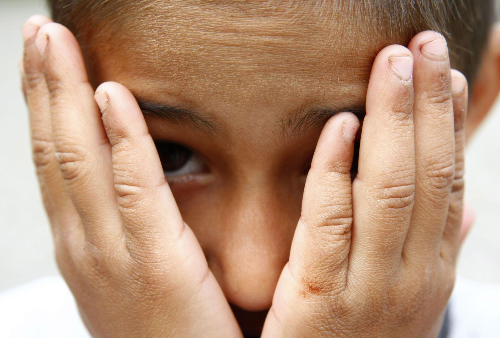 DEU Kinder Jugendschutz Armut
