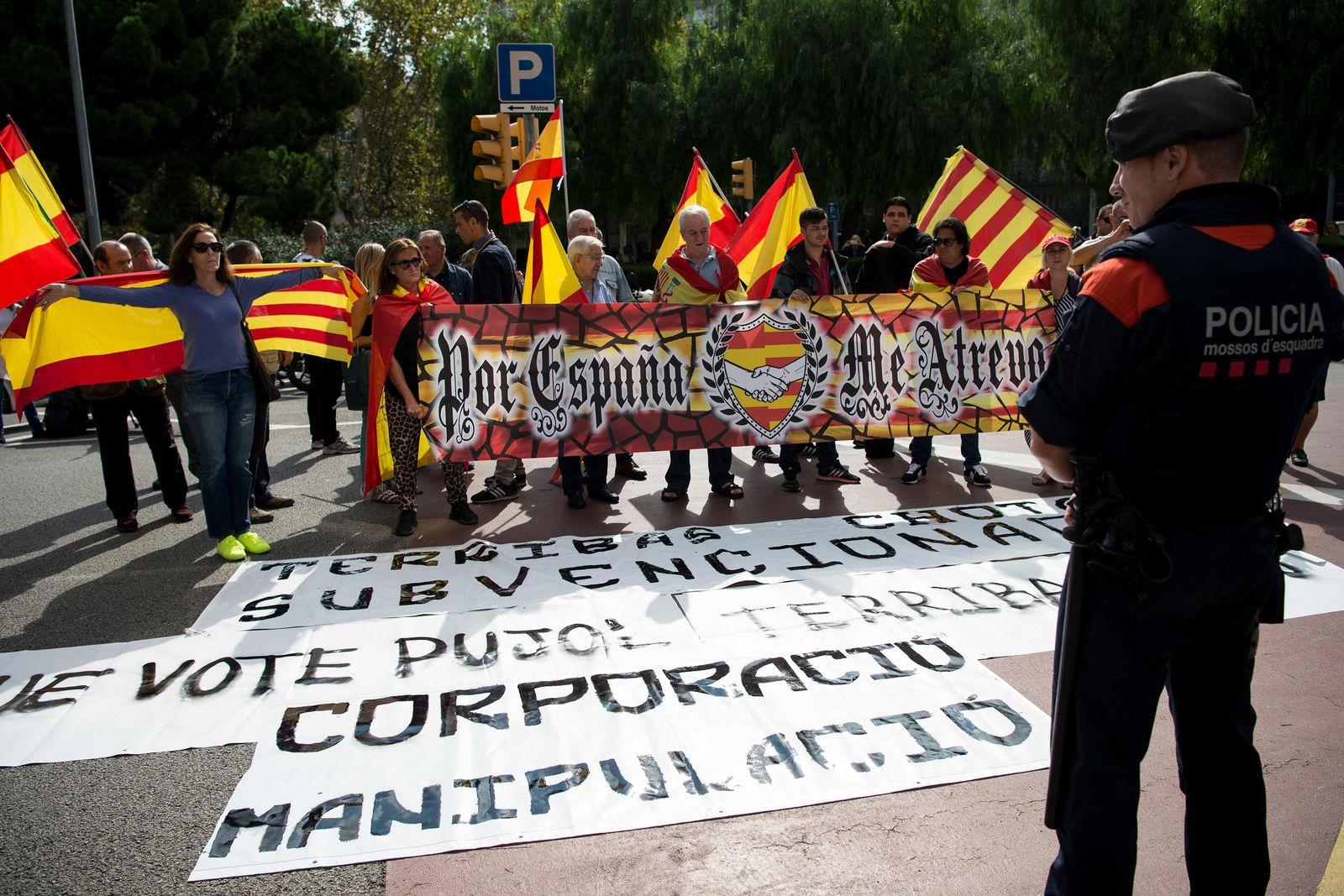 SPAIN-CATALONIA-REFERENDUM-POLITICS