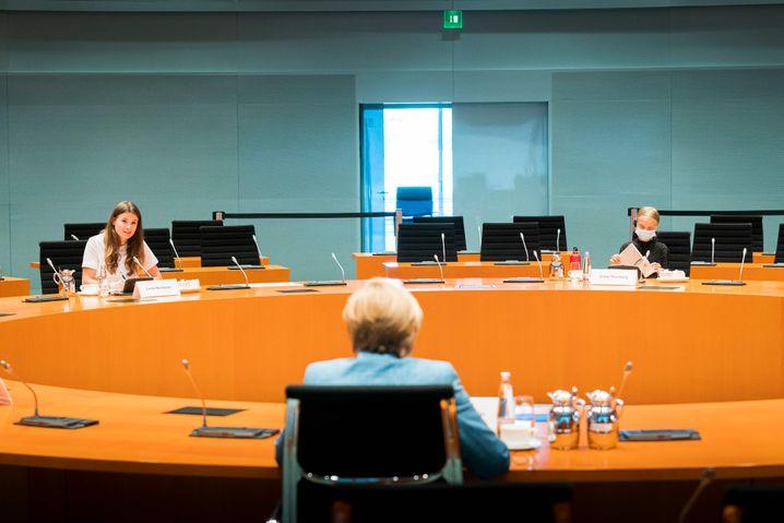 Neubauer und Thunberg im Gespräch mit Merkel