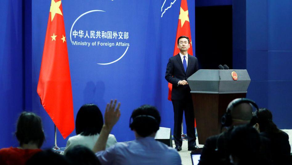 """Pressebriefing des chinesischen Außenministeriums: """"Wenn die USA den falschen Weg gehen, wird China gezwungen sein, weitere Maßnahmen zu ergreifen"""""""