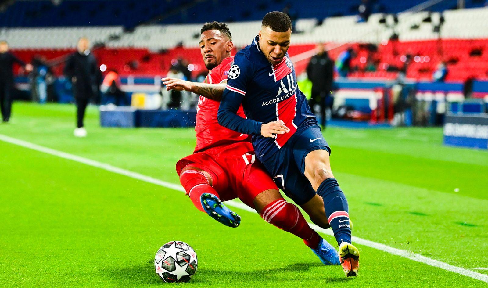 Kylian Mbappe (PSG) vs Jerome Boateng (Bayern de Munich) FOOTBALL : PSG vs Bayern de Munich - 1/4 finale - ligue des Cha