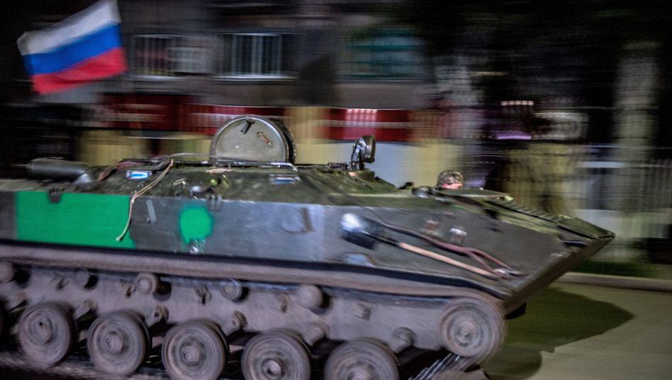Ein Panzer der prorussischen Separatisten (Archivbild): Granatwerfer eingesetzt