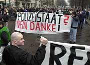 Ein Recht auf Randale: Hooligans bei der Demo in Berlin